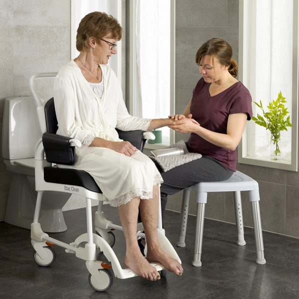 Etac Clean Comfort Banyo ve Tuvalet Sandalyesi 2
