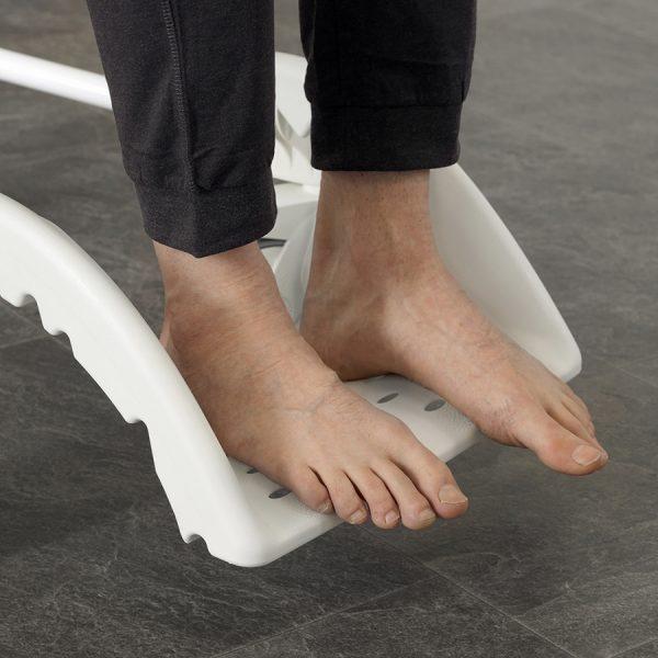 Etac Clean Comfort Banyo ve Tuvalet Sandalyesi 6