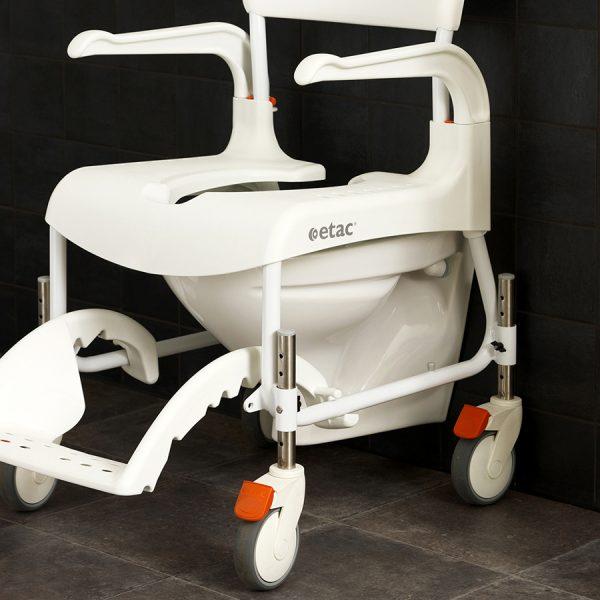 Etac Clean Yüksekliği Ayarlanabilir Banyo ve Tuvalet Sandalyesi 3