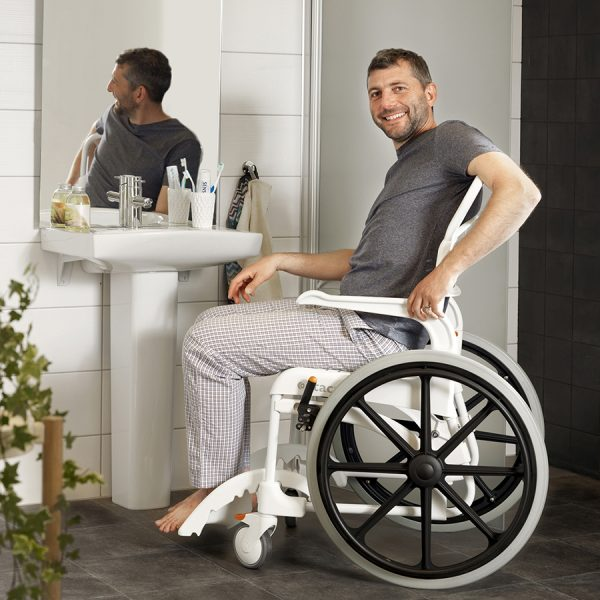 Etac Clean 24″ Banyo ve Tuvalet Sandalyesi 4