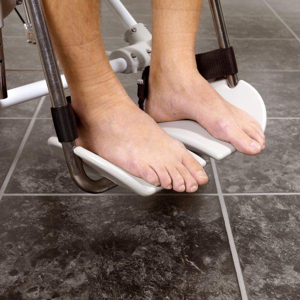 Etac Swift Mobile Tilt Banyo ve Tuvalet Sandalyesi 3