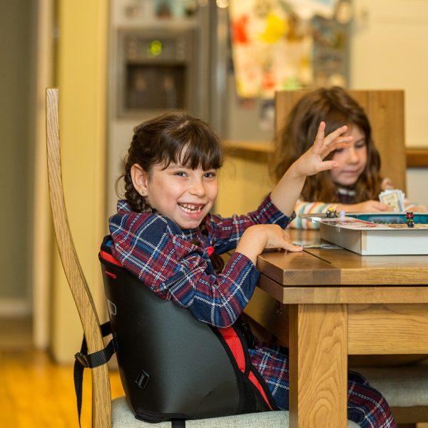 Scallop Engelli Çocuk Oturma Desteği 1