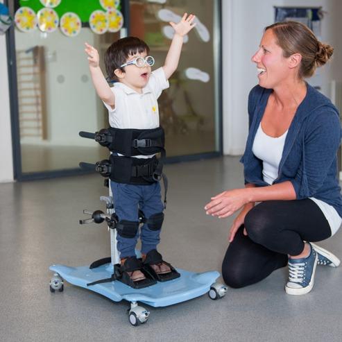 Meerkat Engelli Çocuk Ayakta Durma ve Salınım Sehpası 3