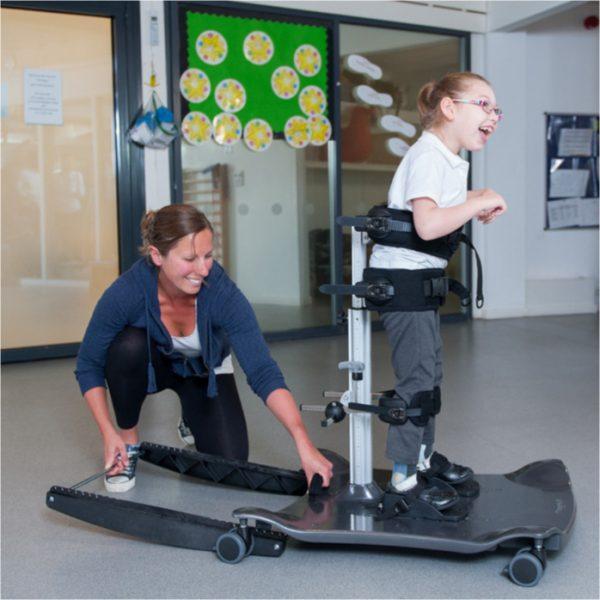 Meerkat Engelli Çocuk Ayakta Durma ve Salınım Sehpası 5