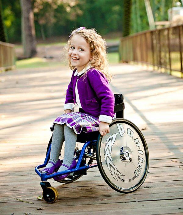 Panthera Micro Çocuk Tekerlekli Sandalyesi 1